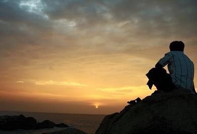 Άλλο μοναξιά κι άλλο μοναχικότητα